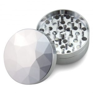 The Large Brilliant Cut Grinder - Coarse - Top view - Silver